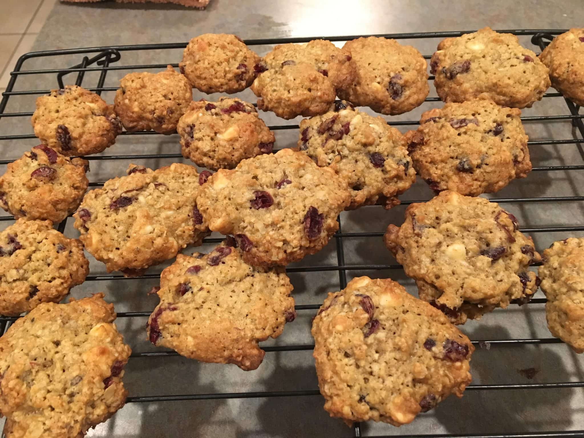 cooling white chocolate cranberry oatmeal cookies